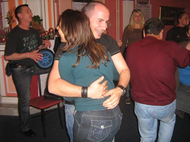 15-multicultural-evening-hug-montenegro-israel