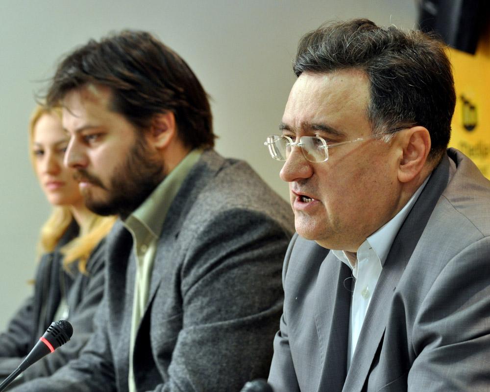 """Đorđe Vukadinović (NSPM) za zabranu """"homoseksualne propagande"""""""