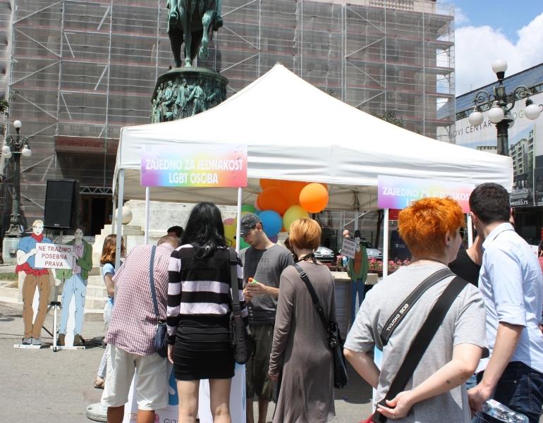 LGBT akcija na Trgu Republike!